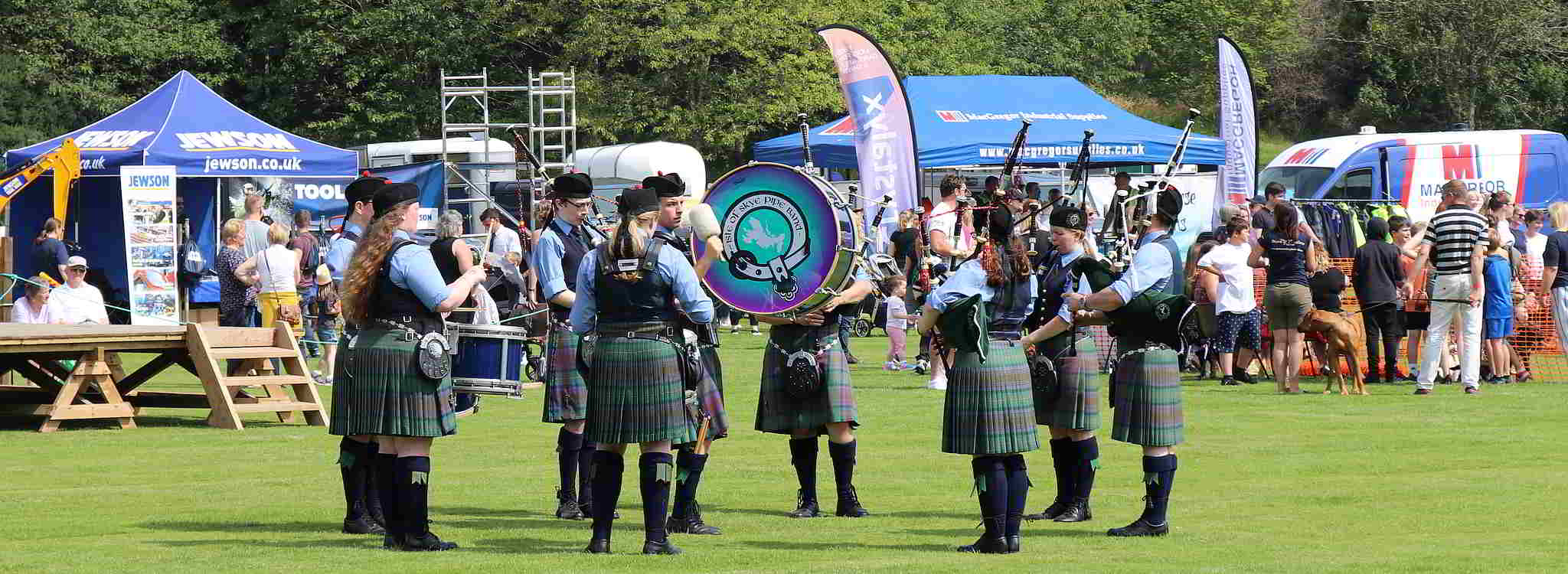 pipers at skye show